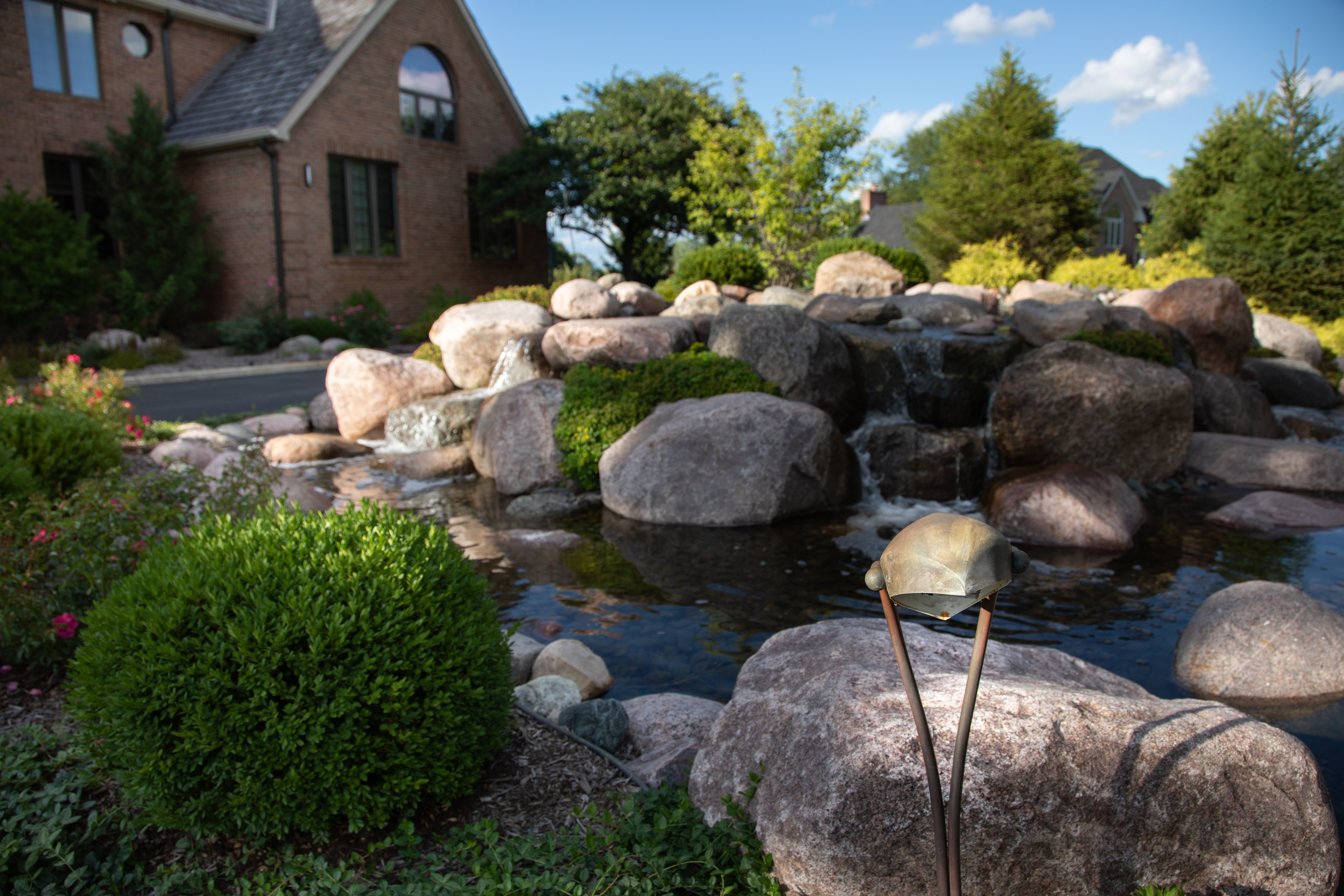 Pondless Large Granite 2